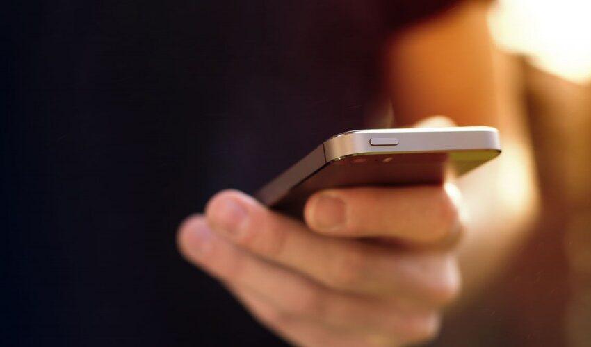 iPhone'da Toplu Mesaj Nasıl Gönderilir?